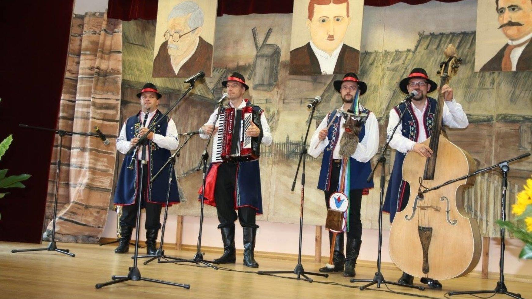 Impreza w stylu ludowym na Kaszubach